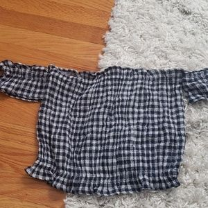 American Eagle Outfitters Tops - Gingham print cropped top